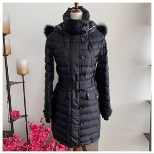 BurberryQuilted DownCoat with Fox Fur Trim Hood
